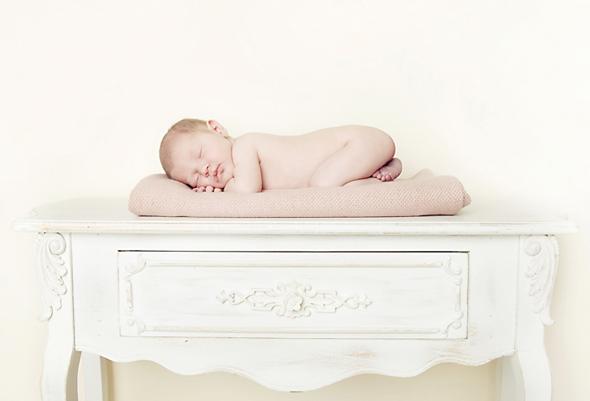 Newborn photographer Jo Hastings