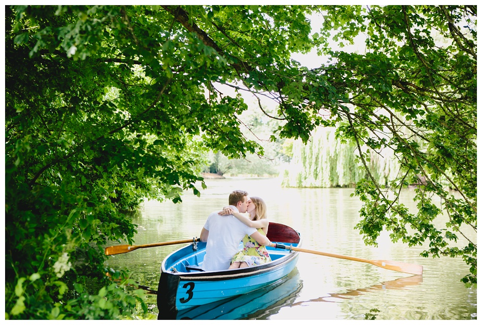 rowing boat engagement shoot